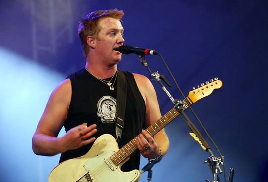 josh homme queens of the stone age page 2. Black Bedroom Furniture Sets. Home Design Ideas